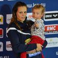 Laure Manaudou et sa fille, Manon en novembre 2012 lors des Championnats d'Europe petit bassin à Chartres