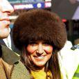 Pippa Middleton, 29 ans, a assisté à une course de chevaux à l'hippodrome de Cheltenham, dans le cadre du Cheltenham Festival de Gloucestershire. Le 14 mars 2013.