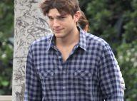 Ashton Kutcher sans Mila Kunis : Charmeur au côté d'une mystérieuse brune