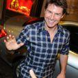 Tom Cruise salue ses fans à Buenos Aires, le 25 mars 2013.