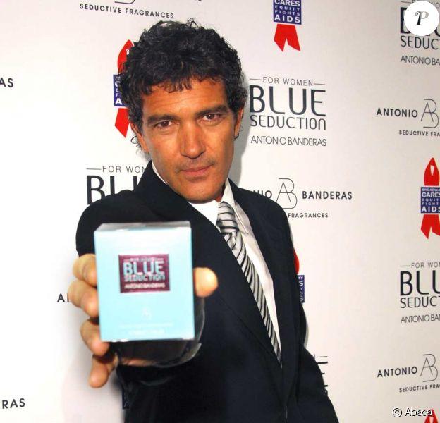 Antonio Banderas et sa femme Melanie Griffith présentent le nouveau parfum Blue Seduction