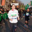 Miss france 2013 Marine Lorphelinau marathon de Paris le dimanche 7 avril 2013 pour courir sous les couleurs de Mécénat Chirurgie Cardiaque
