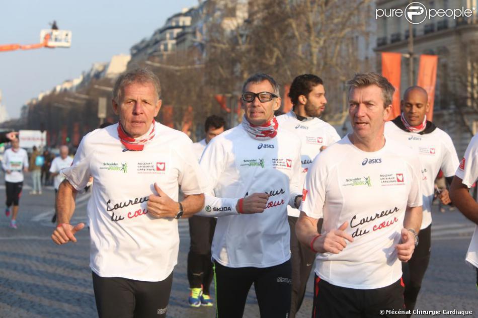 Patrick Poivre d'Arvor, Paul Belmondo et Philippe Caroit au marathon de Paris le dimanche 7 avril 2013 pour courir sous les couleurs de Mécénat Chirurgie Cardiaque
