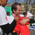 Jean-Philippe Doux au marathon de Paris le dimanche 7 avril 2013 pour courir sous les couleurs de Mécénat Chirurgie Cardiaque