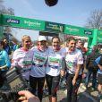 Marine Lorphelin, Sylvie Tellier, Laëtitia Bléger et Laury Thilleman lors du marathon de Paris, le 7 avril 2013
