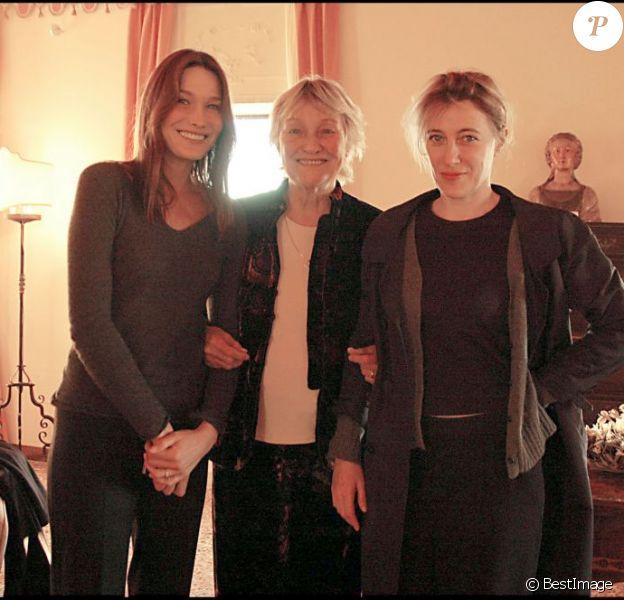 Marisa Bruni-Tedeschi et ses filles Carla Bruni et Valeria Bruni-Tedeschi à Venise le 3 novembre 2009