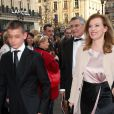 Valérie Trierweiler et son fils cadet Léonard (15 ans) au Palais Garnier pour le Gala des 300 ans de l'école de danse de l'Opera à Paris le 15 avril 2013.