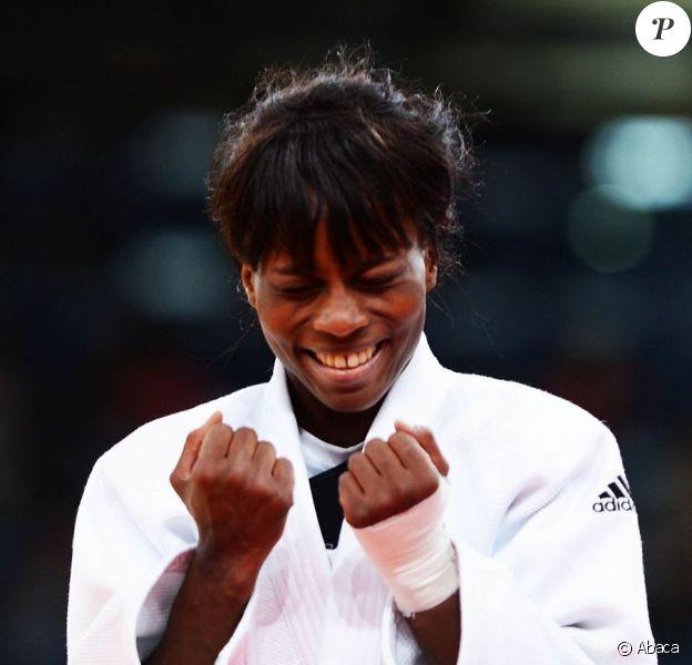 Priscilla Gneto après sa médaille de bronze obtenue lors des Jeux olympiques de Londres le 29 juillet 2012