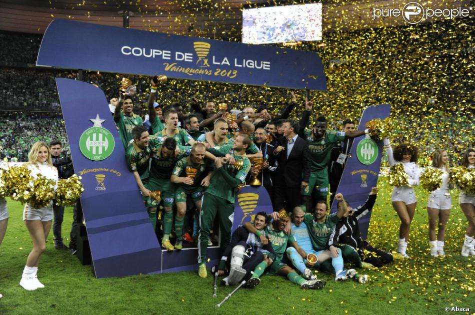 Le triomphe des verts de l 39 asse en finale de la coupe de la ligue le 20 avril 2013 au stade de - Stade de france coupe de la ligue ...
