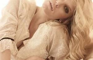 PHOTOS : La sublime Jessica Simpson vous présente son nouveau parfum !