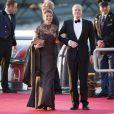 Le prince Carlos et la princesse Annemarie de Bourbon-Parme arrivant au Muziekgebouw Aan't IJ pour le banquet final de l'intronisation du roi Willem-Alexander des Pays-Bas, après la parade aquatique sur l'IJ, le 30 avril 2013 à Amsterdam.