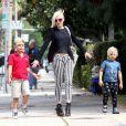 Après l'école, Gwen Stefani et ses fils, Kingston et Zuma, en balade à Los Angeles, le 8 mai.