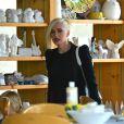 Gwen Stefani dans un magasin de poterie à Los Angeles, le 8 mai.