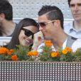 Cristiano Ronaldo et Irina Shayk plus complices que jamais, assistent au match entrel Nadal et Ferrer à l'open de tennis de Madrid le 10/05/2013