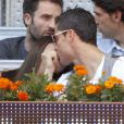 Cristiano Ronaldo et Irina Shayk ne peuvent plus se retenir ! Ils assistent au match entrel Nadal et Ferrer à l'open de tennis de Madrid le 10/05/2013