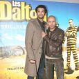 Ramzy Bedia et Eric Judor lors de la présentation des Dalton à Paris le 28 novembre 2004