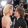 Nicole Kidman et Keith Urban pendant la montée des marches du film Inside Llewyn Davis au Palais des Festivals, à Cannes, le 19 mai 2013.