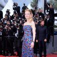 Nicole Kidman pendant la montée des marches du film Inside Llewyn Davis au Palais des Festivals, à Cannes, le 19 mai 2013.