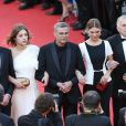 Jeremie Laheurte, Adèle Exarchopoulos, Abdellatif Kechiche, Léa Seydoux et Brahim Chioua lors de la montée des marches pour la clôture du Festival de Cannes le 26 mai 2013