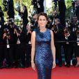La ministre de la Culture Aurélie Filippetti lors de la montée des marches pour la clôture du Festival de Cannes le 26 mai 2013