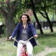 Exclusif : Valérie Fignon le 29 mai 2013 fait sa balade journalière dans le bois de Vincennes.