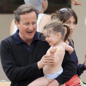David Cameron : Plage, tennis... Pour ses vacances en famille, il s'éclate !