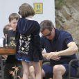 David Cameron en vacances avec sa femme Samantha et leurs enfants Nancy, Arthur et Florence à Ibiza le 27 mai 2013 - Exclusif