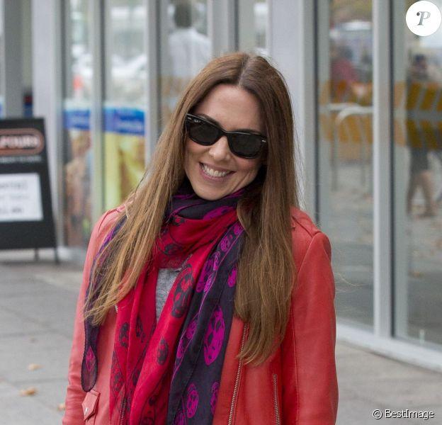 Mel C (Melanie Chisholm) se promène avec sa fille Scarlet (4 ans) dans les rues d'Adelaide en Australie le 6 juin 2013.