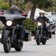 Exclusif - Pink et son mari Carey Hart font de la moto à Malibu, le 6 juin 2013.