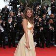 Laury Thilleman (Miss France 2011) sur le tapis rouge à Cannes le 16 mai 2013