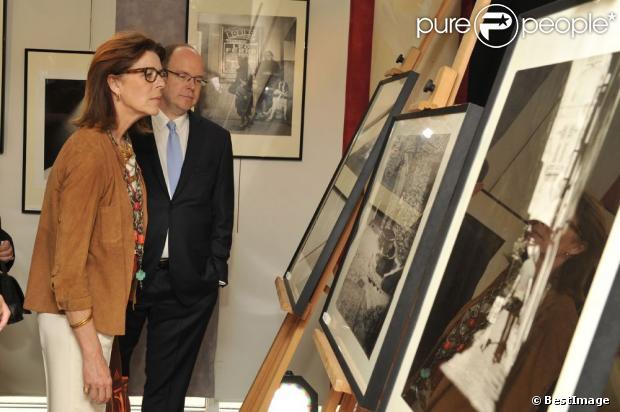 Carolina, princesa de Hannover y de Mónaco - Página 5 1153241-le-prince-albert-ii-de-monaco-et-la-620x0-1
