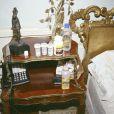 La police de Los Angeles a retrouvé des dizaines de médicaments près du lit de la chambre de Michael Jackson où il est décédé le 25 juin 2009.