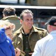 Exclu - Jean Dujardin se prépare sur le tournage de The Monuments Men sur les côtes anglaises, le 5 juin 2013.