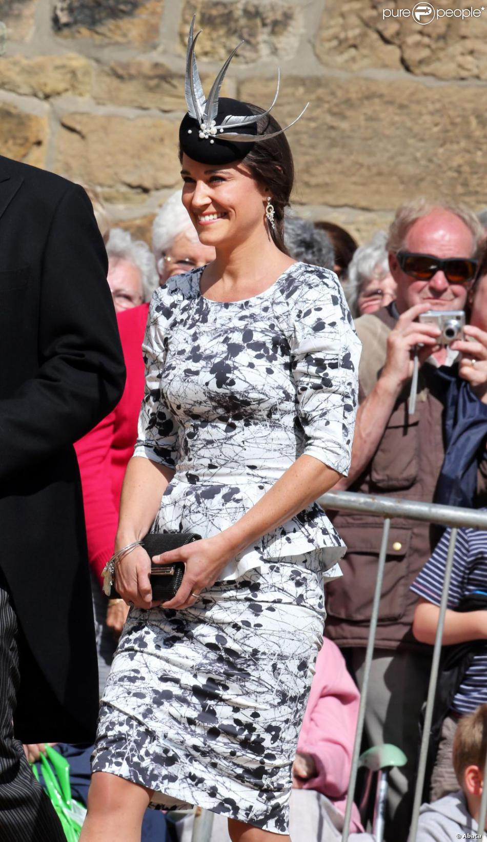 Pippa Middleton lors du mariage de Lady Melissa, fille du duc de Northumberland, et de Thomas van Straubenzee à Alnwick en Angleterre le 22 juin 2013