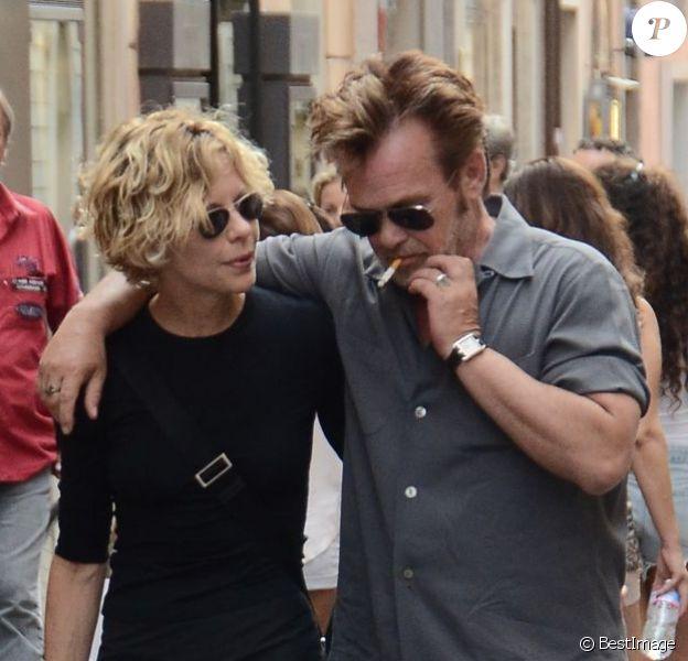 Meg Ryan et John Mellencamp se promenant dans les rues de Rome en Italie le 22 juin 2013