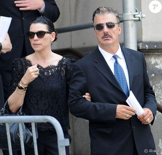 Julianna Margulies et Chris Noth émus après les funérailles de James Gandolfini à la cathédrale Saint John The Divine à New York, le 27 juin 2013.