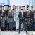 Karl Lagerfeld lors du final du défilé Chanel haute couture automne-hiver 2013-2014 au Grand Palais. Paris, le 2 juillet 2013.