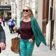 Sharon Stone, accompagnée de son fils Roan Bronstein, est allée faire du shopping à Paris le 4 juillet 2013