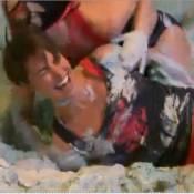 Alessandra Sublet : Combat de boue sexy dans Fort Boyard