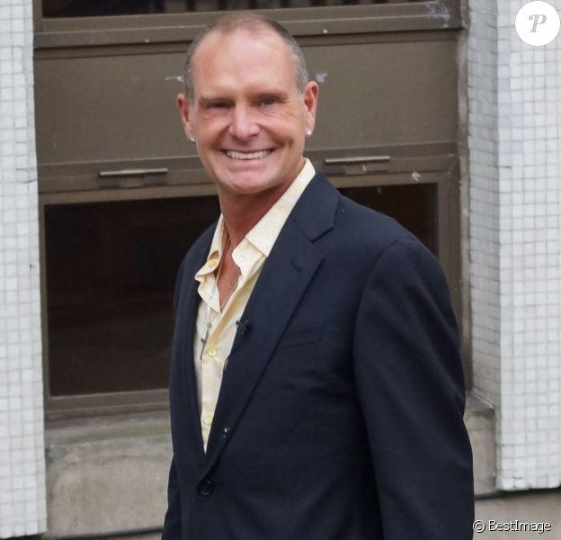 Paul Gascoigne avait le sourire lors de son arrivée aux studios ITV de Londres, le 10 avril 2013