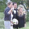 Mariage de Jimmy Kimmel et Molly McNearney à Ojai, le 13 juillet 2013. Ici on peut voir les mariés avec Dax Shepard et sa fiancée Kristen Bell.