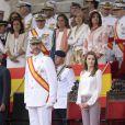 Le prince Felipe et la princesse Letizia d'Espagne le 16 juillet 2013 à l'Académie militaire navale de Pontevedra pour la prestation de serment des jeunes diplômés