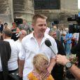 Dany de L'amour est dans le pré saison 7 avec sa filleaux obsèques d'André Verchuren à Chantilly le 17 juillet 2013.