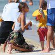 Nicole Richie, Joel Madden et leurs enfants Harlow et Sparrow sont alles passer l'apres-midi au Nioulargo sur la plage de Pampelonne a Saint-Tropez. Le 23 juillet 2013