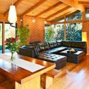 John McEnroe et Patty Smyth s'offrent une maison à Malibu pour 3,3 millions
