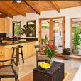John McEnroe et sa femme Patty Smyth ont acheté cette maison de Malibu pour 3,3 millions de dollars.