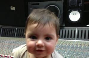 Shakira : Même en studio, la bomba est inséparable de son craquant Milan !