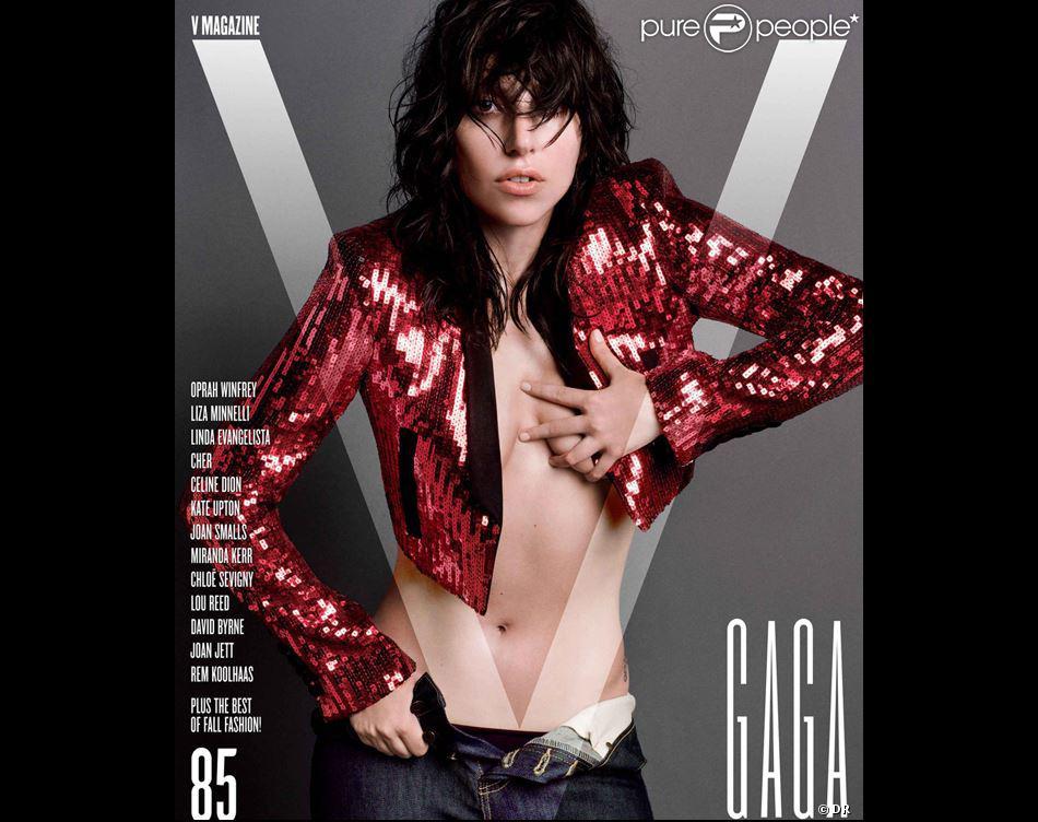 Lady Gaga en couverture de V Magazine pour l'édition de septembre 2013.