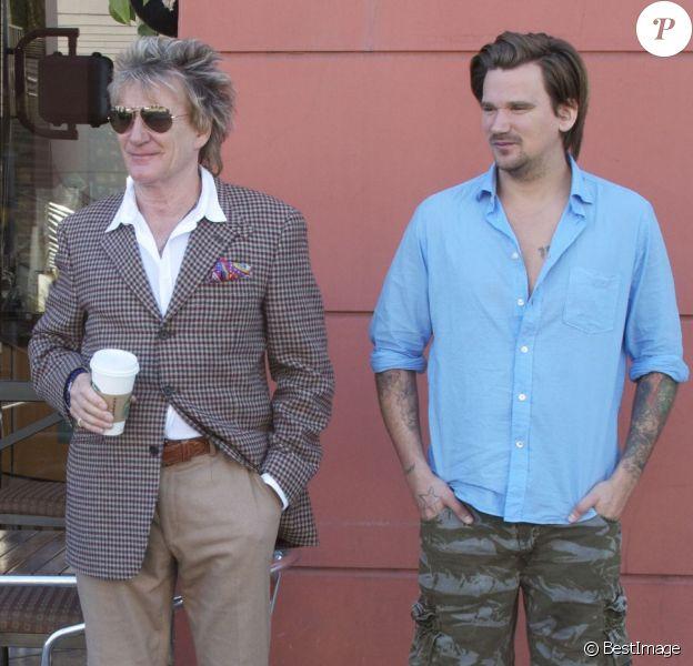Rod et Sean Stewart à Beverly Hills, le 19 janvier 2013.