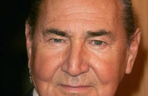 August Schellenberg : Mort à 77 ans du comédien de ''Sauvez Willy''